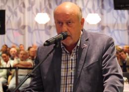 Dick Jense tijdens bespreking komst AZC - Onafhankelijk Rijswijk